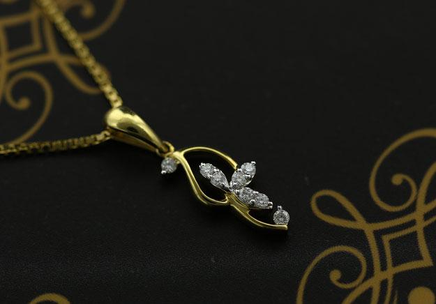 Diamonds Are Still the Bride's Best Friends